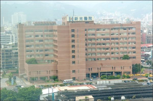 林坤正最原始出身於新光人壽總務部,後來新光醫院成立後,轉任秘書室主任,在這個位置上至少待了十幾年,主要負責處理對外公關等事務。(資料照 )