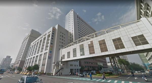 4歲男童日前全身多處燙傷被送醫急救後不治。圖為中國醫藥大學附設醫院。(圖擷取自google地圖)