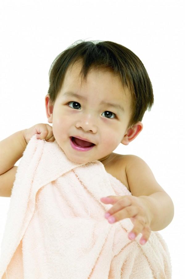 國健署指出,嬰幼兒睡眠頻率高,給予充足睡眠相當重要。(情境照)