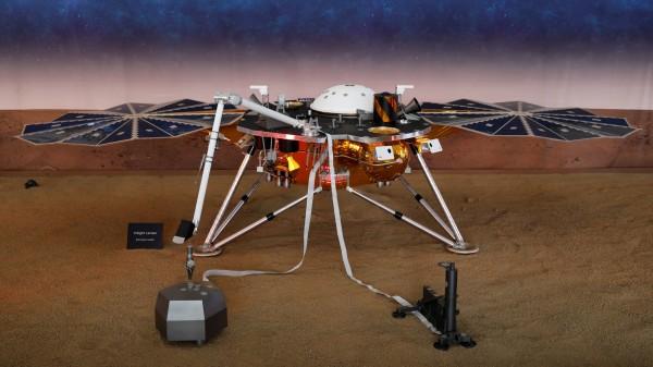 NASA的火星探測器「洞察號」。(路透)