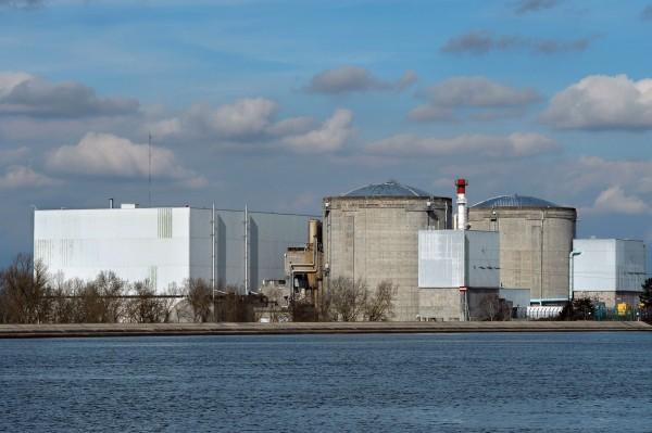 法國總統馬克宏今日宣布,將在2035年前關閉國內總共58座核子反應爐當中的14座。(資料照,法新社)