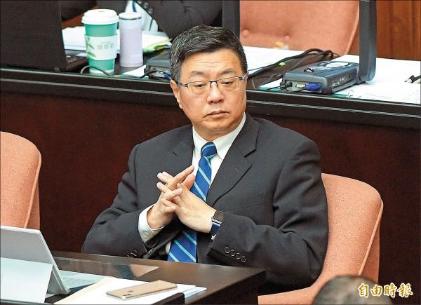 行政院秘書長卓榮泰27日下午在立法院回應立委段宜康砲轟行政團隊,表示無法認同。(記者黃耀徵攝)