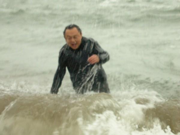 2008年立法委員選舉,王世堅稱若國民黨台北市立委八席全上(八仙過海),他就要跳海,結果國民黨真的八席全上,他兌現承諾去三芝外海跳海。(資料照)