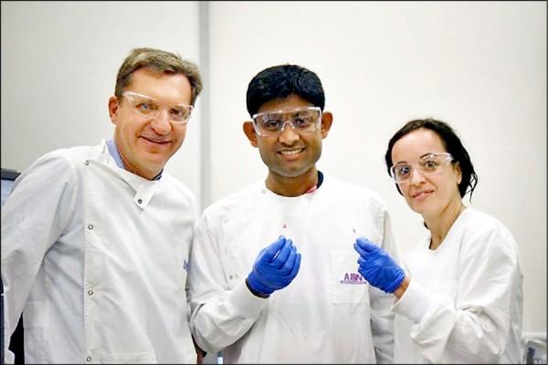 澳洲昆士蘭大學研究團隊研發出一種簡易癌症檢測法,透過變色溶液辨識癌細胞,十分鐘內即可得知結果。(取自網路)
