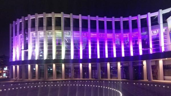 屏東演藝廳12月起打造光環境。(屏縣文化處提供)