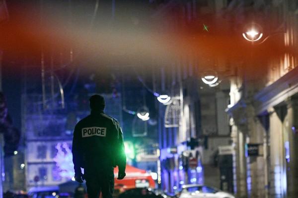 法國史特拉斯堡(Strasbourg)在當地時間12月11日晚間,於當地克萊貝爾廣場(Place Kléber)舉辦耶誕市集時,發生槍手朝人群開槍的恐怖攻擊,造成多人死傷。(法新社)