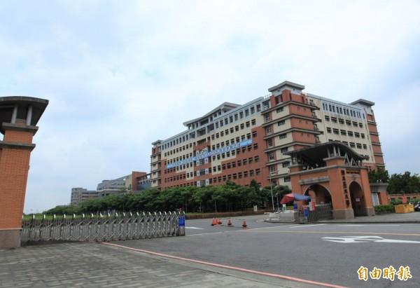 台灣旅客受困關西機場靠中國援助?造謠大學生被警方抓到,經查是國立台北大學學生,校方說,下週一上班日會啟動關懷機制,指派輔導人員與當事學生詳談。(資料照)
