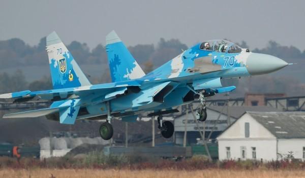 俄羅斯國防部17日表示,將在克里米亞半島部署超過10架蘇愷27型(SU-27)與蘇愷30型(SU-30)戰鬥機。圖為蘇愷27型戰鬥機。(歐新社)