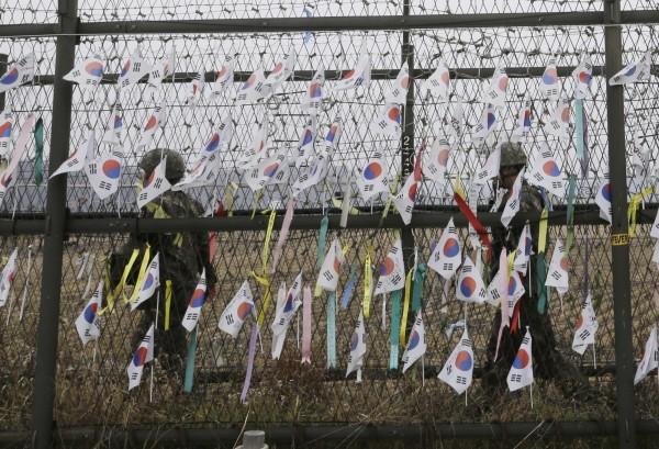 南韓統一部今(18)日表示,今年迄今已有超過1000名脫北投奔至該國,這個數字與去年同期幾乎相同。(美聯社)
