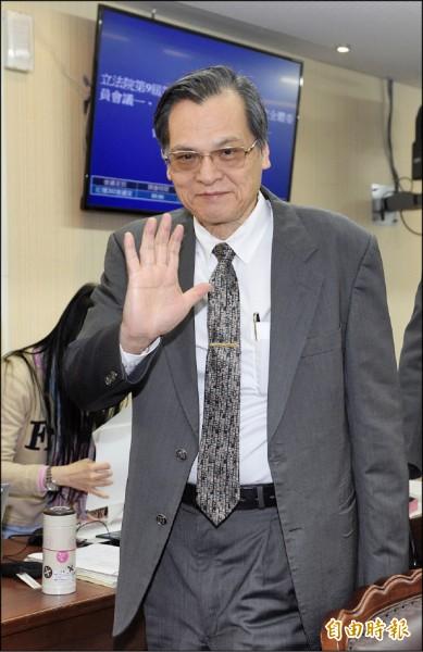 陸委會主委陳明通表示,雙城論壇應「少一點政治,多辦一點正事」。(記者叢昌瑾攝)