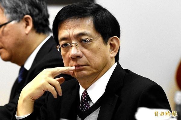 教育部長葉俊榮24日下午臨時召開記者會,宣布教育部「勉予同意」管中閔教授上任台大校長。(資料照)