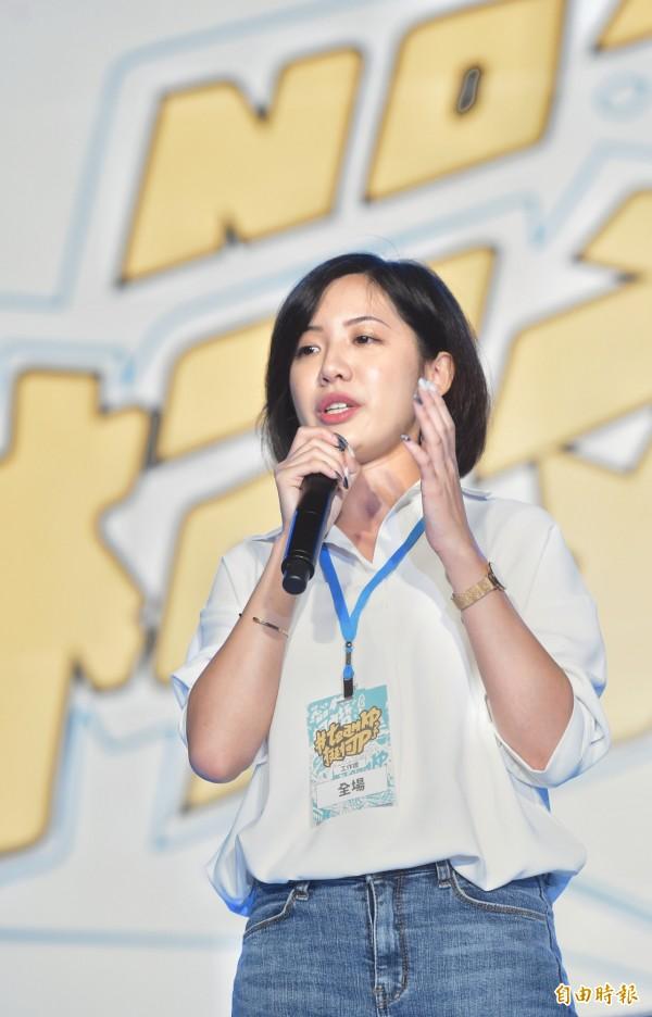 黃瀞瑩表示,當被批評外表、質疑專業,被質問「憑什麼紅」時還是會難過,也表示爆紅從來不是刻意操作。(資料照)