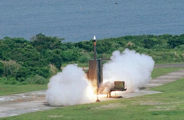 中科院以天弓飛彈等計劃研究火箭推進載具技術。圖為天弓三型飛彈。(圖擷取自中科院)