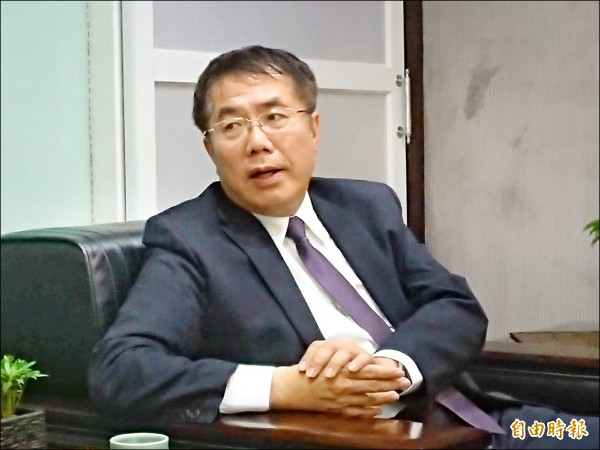 政院擴大內需方案,市長黃偉哲表示,將吸引台商回流,加強觀光可遊性。(記者洪瑞琴攝)