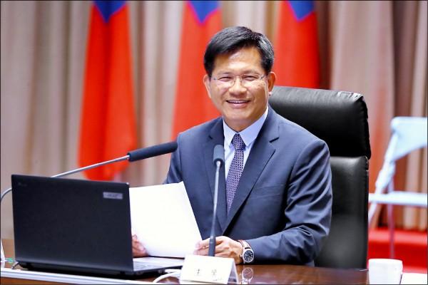 準閣揆蘇貞昌昨約詢前台中市長林佳龍出任新任交通部長意願,林佳龍表示希望與家人商量。(資料照)