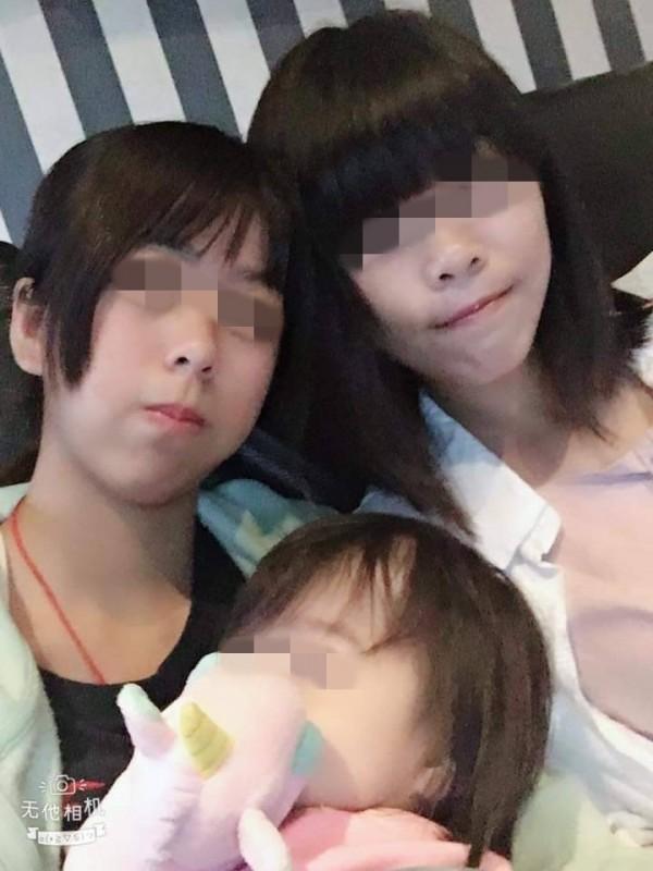 針對台南發生1歲6個月女童疑遭虐致死事件,台南市政府社會局今天表示痛心、遺憾,並嚴厲譴責對女童痛下毒手的人,全案警方已以殺人罪移送偵辦,社會局也已立即對和女童同住的生母、堂姐、堂姐夫及生母男姓友人等4位嫌疑人提出獨立告訴。(記者王捷翻攝)