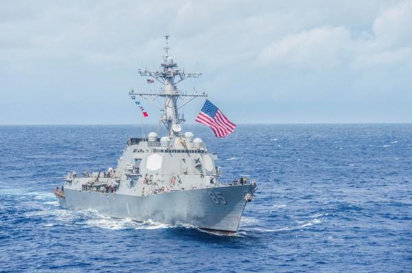 美國海軍飛彈驅逐艦「麥坎貝爾號」。(路透)