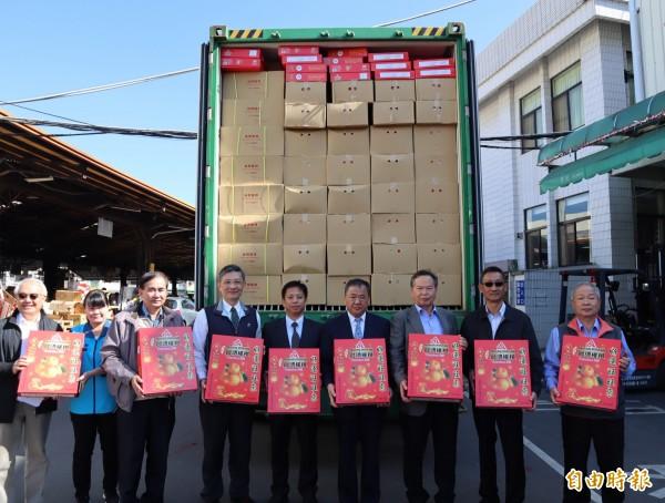台灣柑橘去年外銷量約3358噸、432萬美金,約台幣1億多元,較前年成長。(記者歐素美攝)