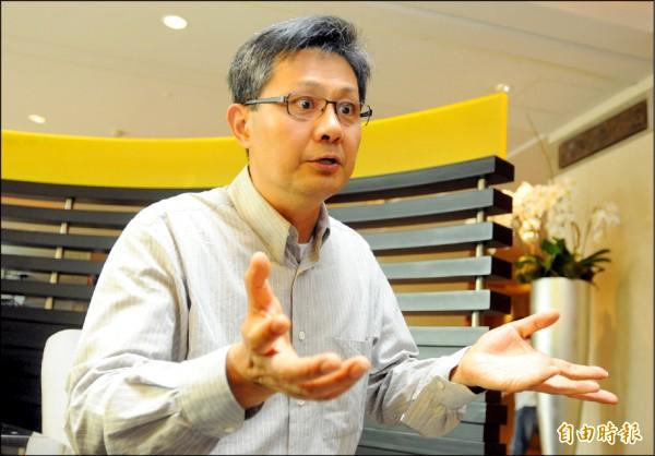 台大法學院國際法教授姜皇池認為,和平協議屬於「國內法」,簽署協議會回到一中架構,落入中國所謂「國內管轄事項」陷阱,增加美日等國介入的難度。(資料照,記者王藝菘攝)