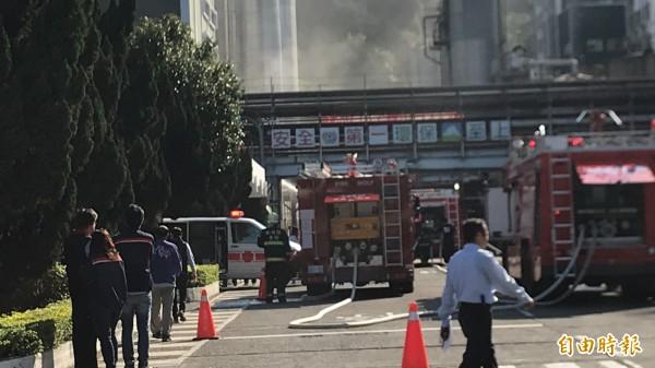 新埔遠化火警震驚全新竹縣,所幸未造成人員傷害。(記者黃美珠攝)