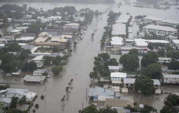 澳洲昆士蘭州遭逢百年一遇大洪水。(歐新社)