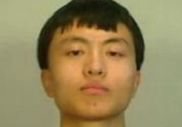 中國學生趙千里(Zhao Qianli,音譯),赴美交流時涉嫌偷拍美國佛州基韋斯特的軍事設施,昨(5日)被法院判處1年有期徒刑。(圖擷自微博)