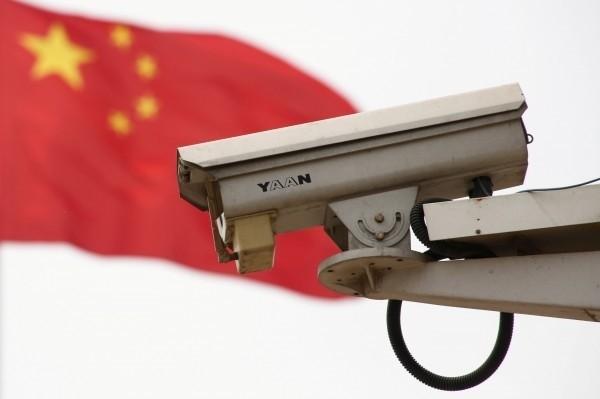 國際數據資訊(IDC)預測至2022年左右,中國境內的監控鏡頭將超過27億台,若以14億人口來算,等於平均1人會被近2台監控鏡頭監管。(路透)