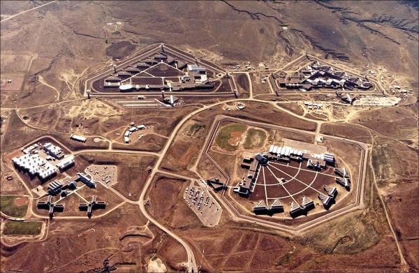 戒備森嚴的科羅拉多州佛羅倫斯監獄。(美聯社檔案照)