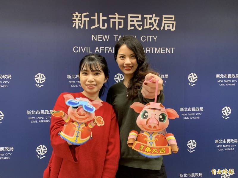 新北市豬年元宵小提燈將於15、16日兩天在29區公所發送,有不同的造型設計。(記者何玉華攝)