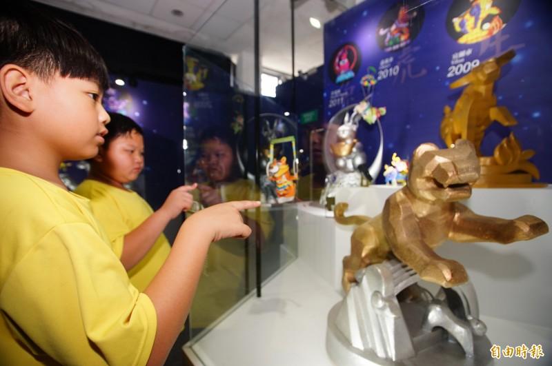 台灣燈會30週年特展。(記者陳彥廷攝)
