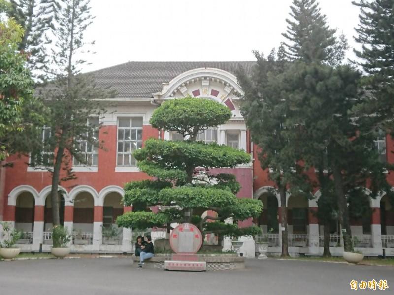 今年學測放榜,台南女中仍將公布學校整體表現。(記者洪瑞琴攝)