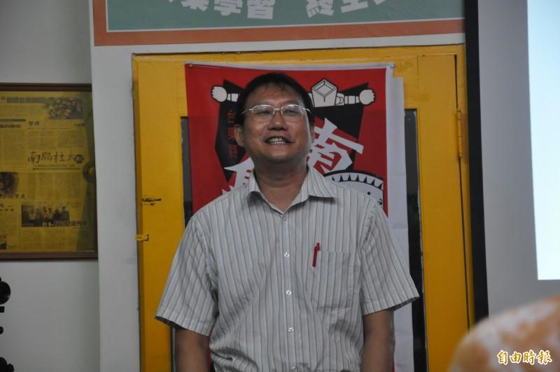 台東大學教授劉炯錫堅信台灣雲豹真實存在台灣山林。(記者黃明堂攝)