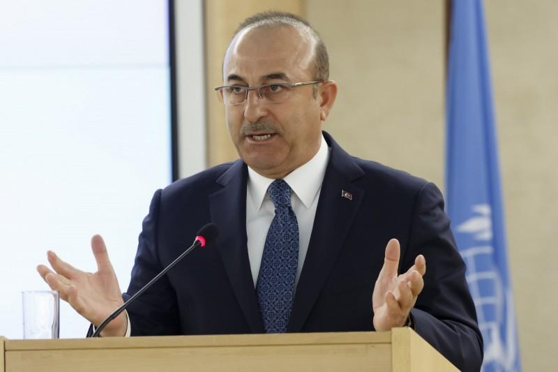 土耳其外交部長恰武什奧盧(Mevlut Cavusoglu)今日於聯合國人權理事會第40屆例會,針對新疆維吾爾族和其他中國穆斯林的人權受迫表達疑慮,呼籲中國保護宗教及文化認同自由。(歐新社)