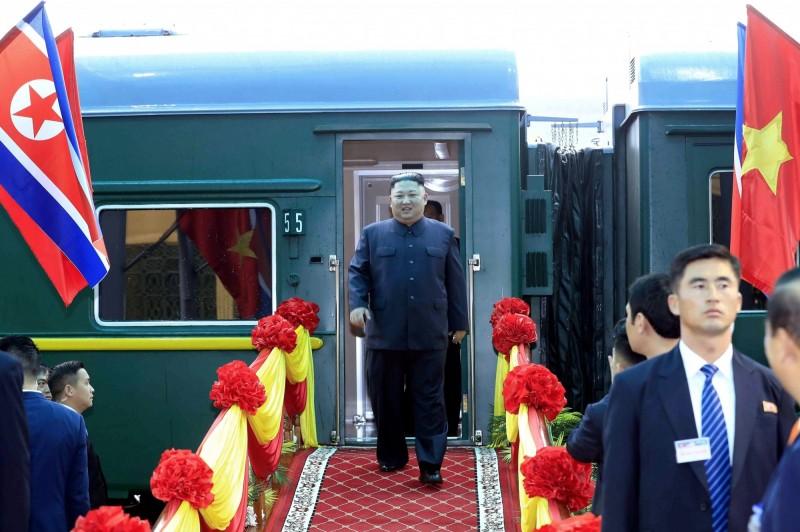 金正恩乘坐專門列車耗時65小時40分鐘,於今早8點許抵達越南。(歐新社)