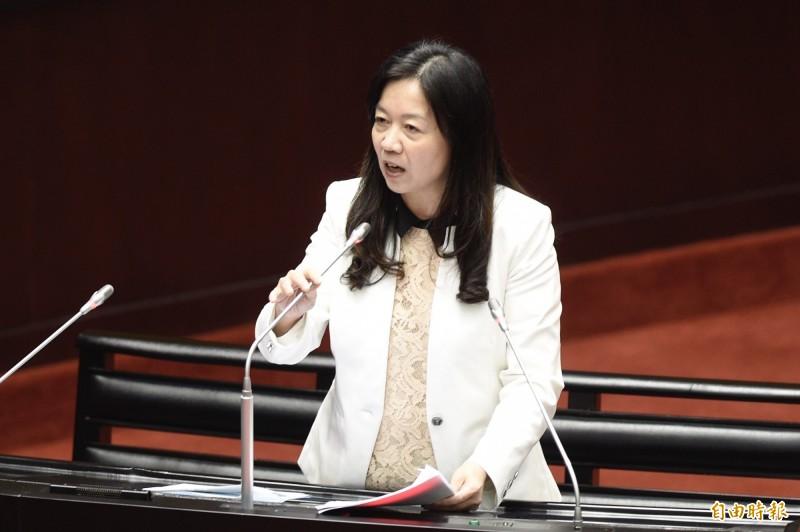 立委童惠珍(見圖)今日在立院施政總質詢時批評,外交部的回應「沒風度」。(記者叢昌瑾攝)