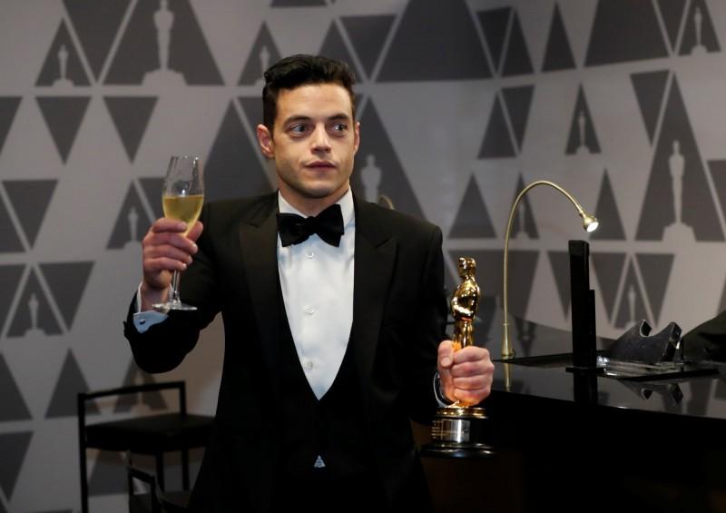 第91屆奧斯卡最佳男主角由《波西米亞狂想曲》的雷米馬利克(Rami Malek)拿下影帝大位,不過有網友發現,中國在轉播他的獲獎感言時,疑似將男同性戀(gay man),翻譯成「特殊人群」。(路透)