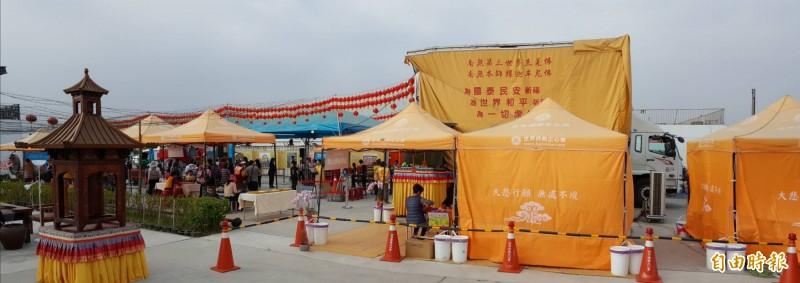 世界佛教正心會的「行動佛殿車」進駐台灣燈會。(記者陳彥廷攝)