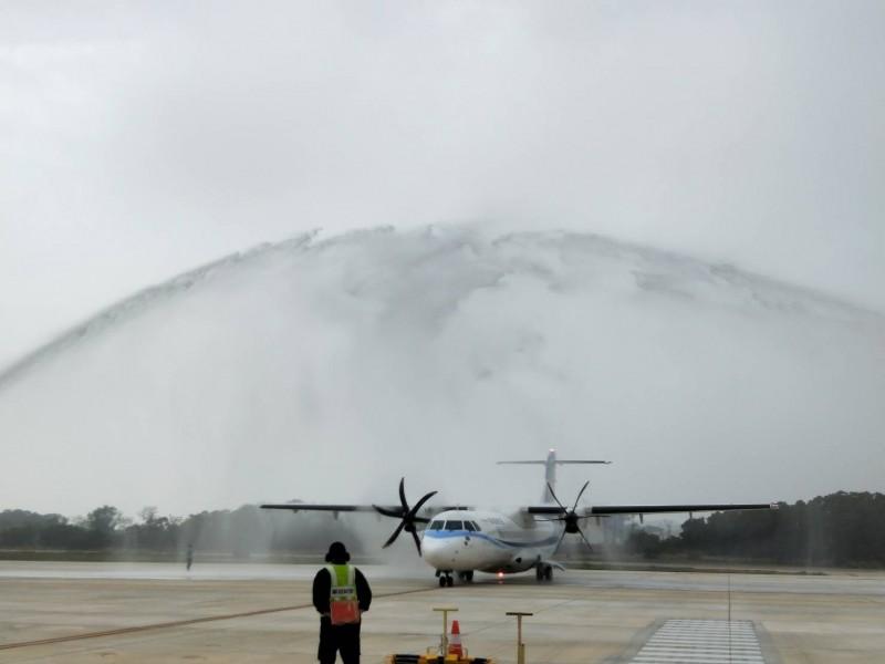 台中機場新增7停機坪,上午7至9點尖峰時段起飛航班數可增4班。(圖:民航局提供)