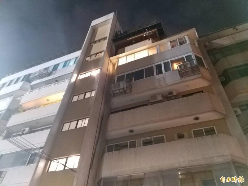 台北市天母地區疑似發生弒親的逆倫命案。(記者陳恩惠攝)