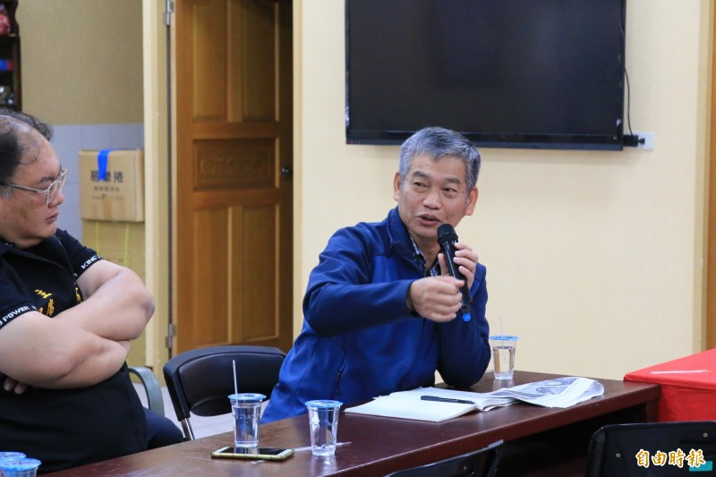 中油探採事業部副執行長胡雅折表示有誠意負起賠償責任。(記者鄭名翔攝)