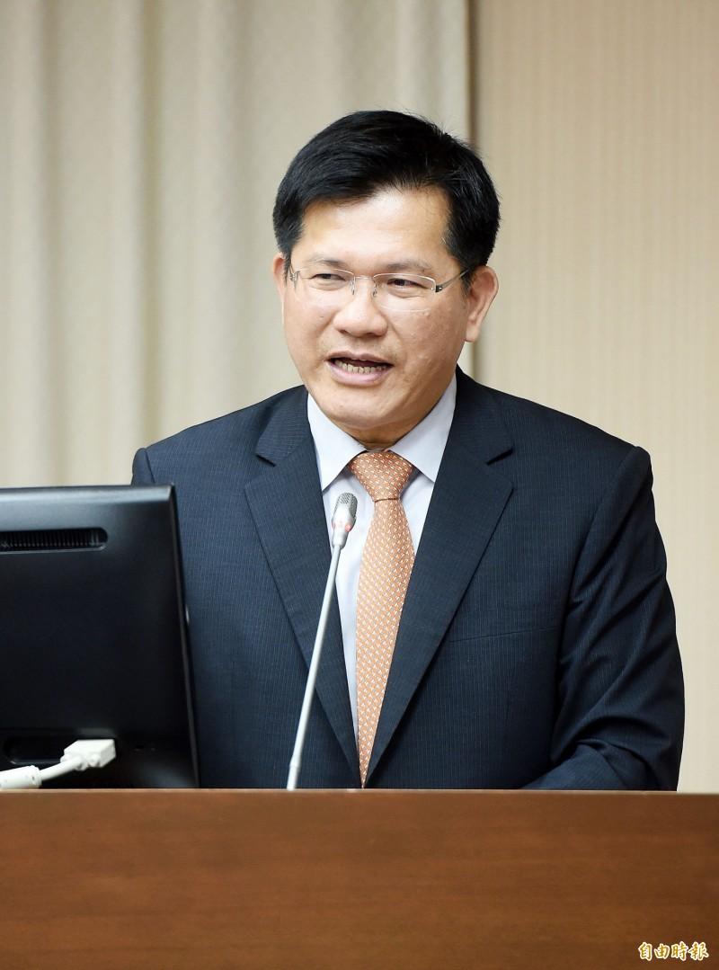 立法院交通委員會6日邀請交通部長林佳龍列席報告並備詢。(記者黃耀徵攝)
