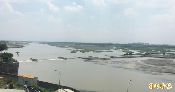 連日山區降雨,高屏溪流量回升。(檔案照)
