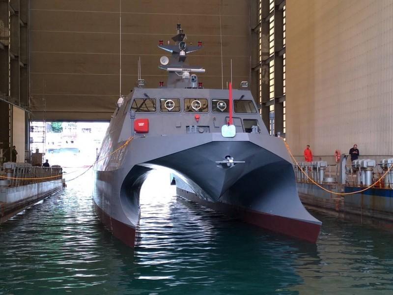 中科院籌建的「光榮之星」海上測試載台,已在昨天下水,今年下半年就開始投入運作。(圖:中科院提供)。