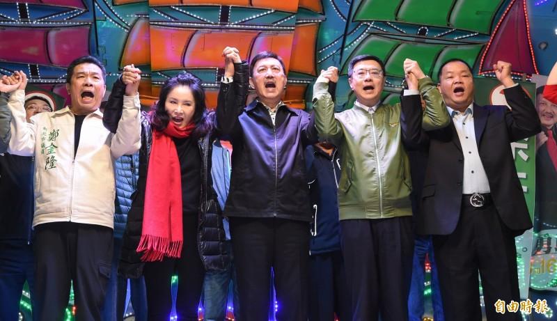 余天在新北三重立委補選中勝出,成功保住綠營席次。(記者劉信德攝)