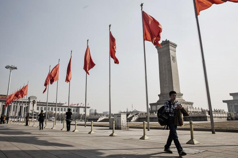 路透檢視兩報刊登的文章後發現,至少二十五名反北京政府和獨立派人士遭密切監視。(彭博資料照)