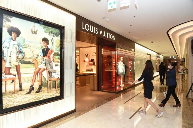 南霸天漢神百貨斥資20億打造精品齊聚的國際購物殿堂。(記者張忠義攝)