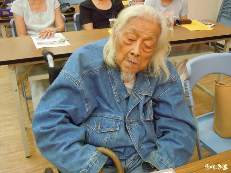 高齡101歲的「台獨大老」史明在臉書上發表看法,他指賴清德這次「有點欠理智」,而蔡英文「一強起來,台灣才有前途」。(資料照)