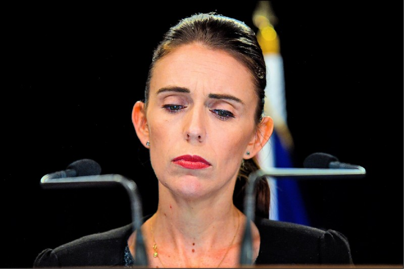 紐西蘭總理阿爾登指出,將在十天內、即二十五日前公布槍枝法修法細節。(法新社)