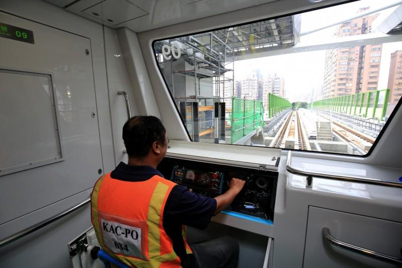 台中捷運公司即日起對外徵才。(台中市政府提供)