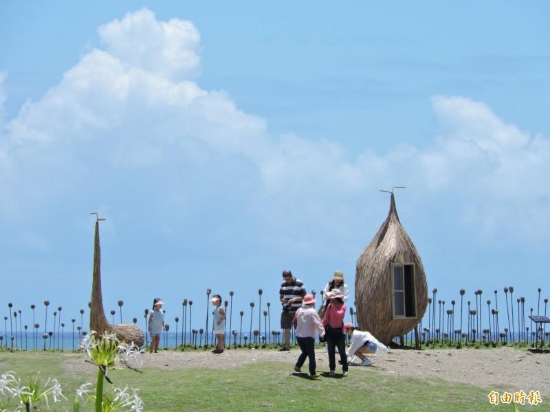台東縣觀光協會推出春遊方案加碼優惠,吸引遊客到台東。(記者張存薇攝)